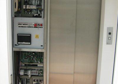 armadio centralina ascensore mrl in vano in cemento armato