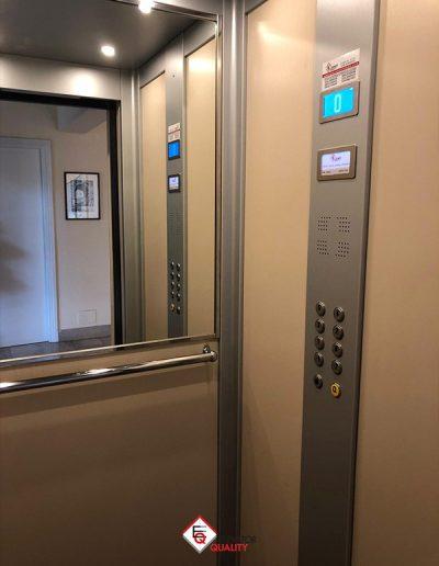 cabina interna ascensore con sostituzione porte a battente