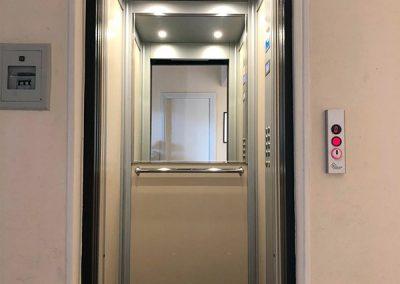 modernizzazione ascensore condominio porte a battente in porte automatiche