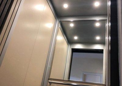 modernizzazione ascensore da porte a battente a porte automatiche