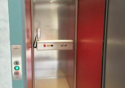 Piattaforma elevatrice per disabili in appartamento