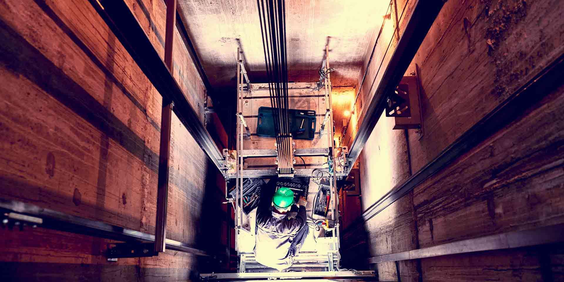 Manutenzione impianti elevatori ascensori montascale montacarichi piattaforme elevatrici