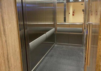 Montalettighe ascensore idraulico cabina e porte in acciaio ei120