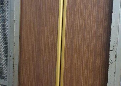 accesso vecchio ascensore a fune