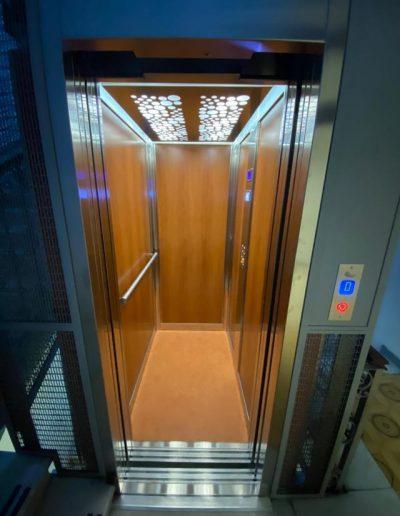 nuova illuminazione interna ascensore