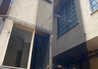 Piattaforma elevatrice struttura acciaio vetro
