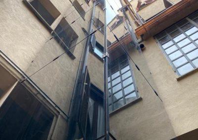 Piattaforma elevatrice vetro