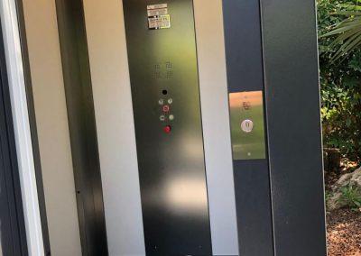 Cabina piattaforma elevatrice in abitazione privata